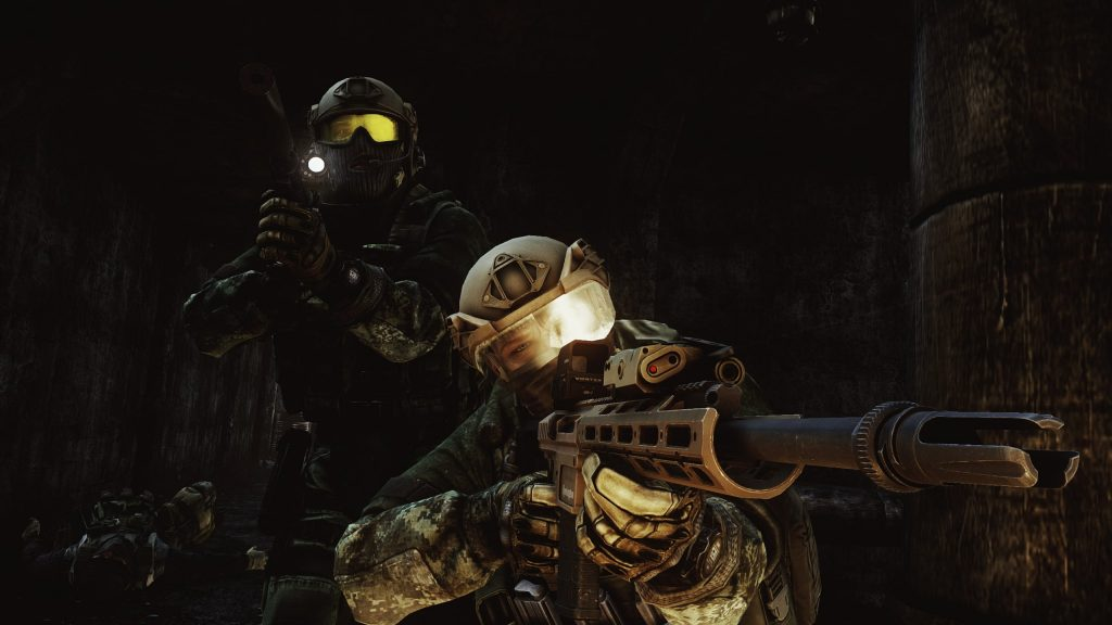 2 Soldiers aiming - EFT Wallpaper